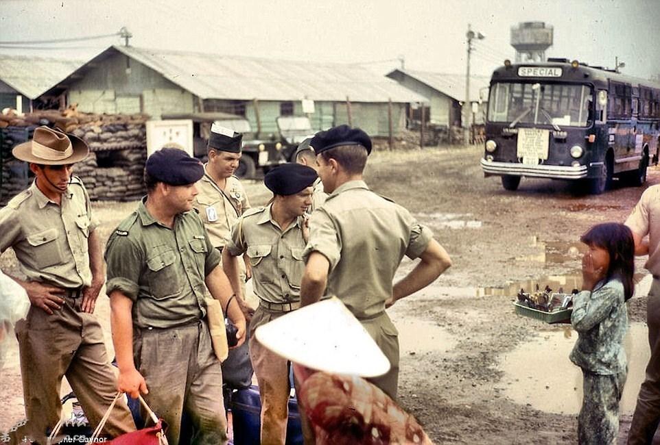 老照片,越南战争时期美国普通士兵的生活状态