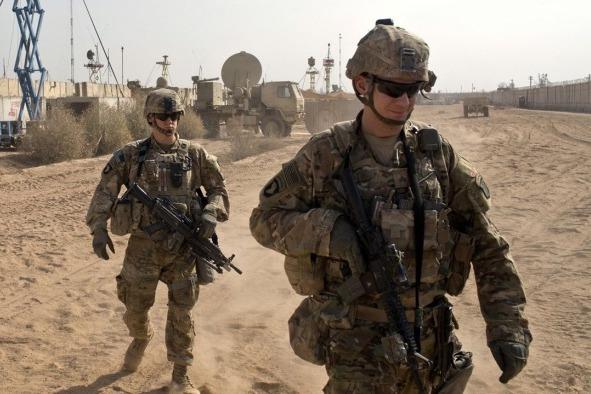 """多国从伊拉克撤军 专家:只有美国想留,""""点位""""太重要"""
