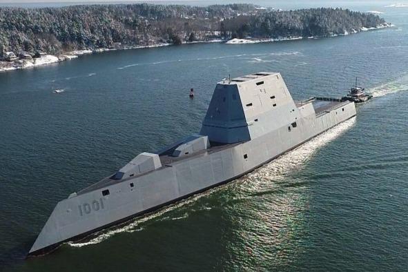 """美军航母""""趴窝""""之际,""""世界最强隐身战舰""""交付太平洋舰队"""