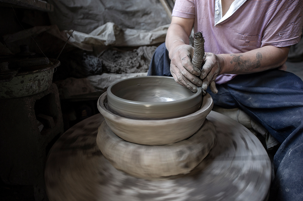 贵州织金县千年砂锅技艺面临失传,曾经闻名的好锅,为何如此下场