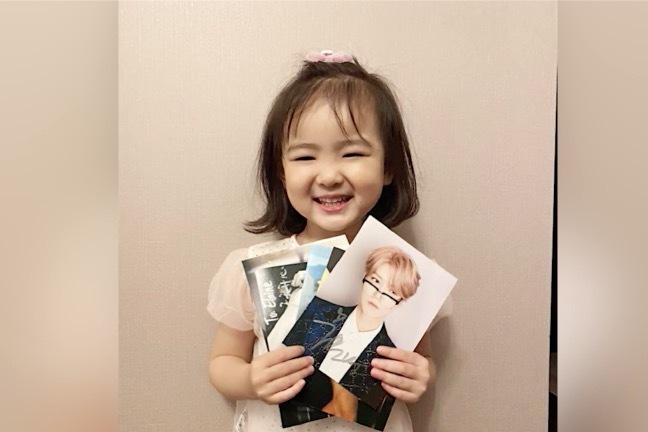 女儿获鹿晗签名照,范志毅吐槽:我在家中的地位日渐降低