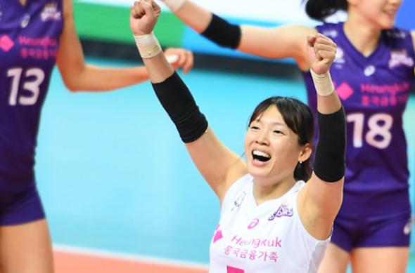 喜讯!36岁女排名将怀孕成功,12月将当妈,力拼东京奥运前复出