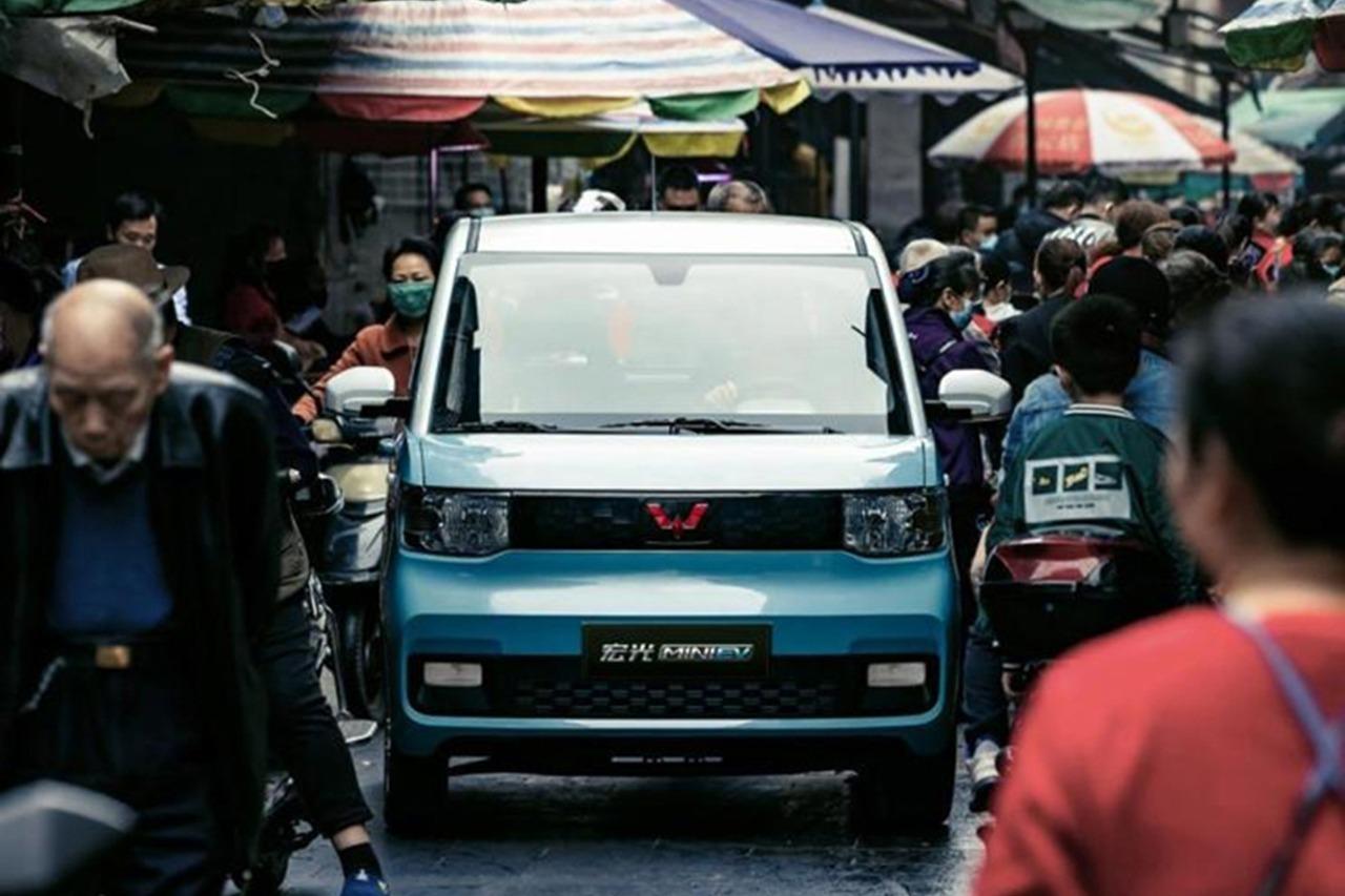 新车 预售价2.98万起,真正的省钱代步车,宏光MINI EV 6月上市