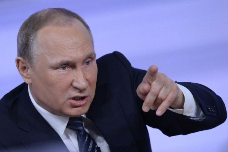 接手烂摊子,普京如何用20年让俄罗斯改天换地?背后艰辛无人能懂