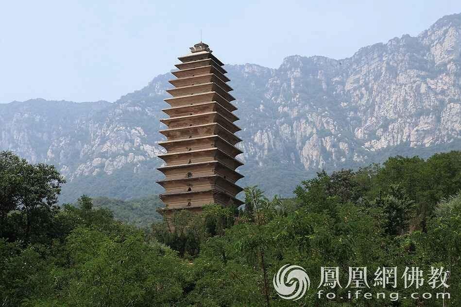 嵩山有座被人忽视的寺院 比少林寺还早400多年