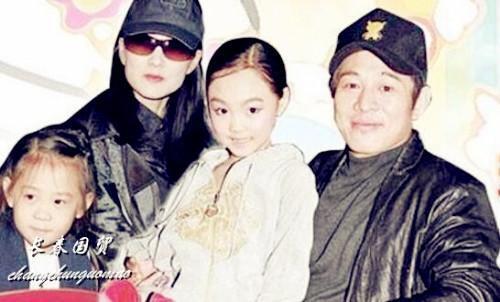 李连杰20岁大女儿近照,清纯甜美遗传妈妈好基因