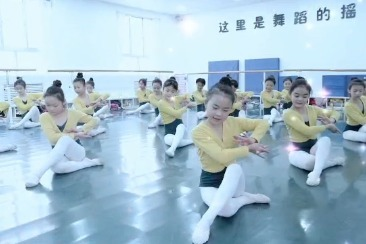 平凉小飞天舞蹈艺术培训中心少儿考级舞蹈《小池》