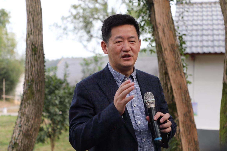 横峰县委副书记李海星为横峰打call