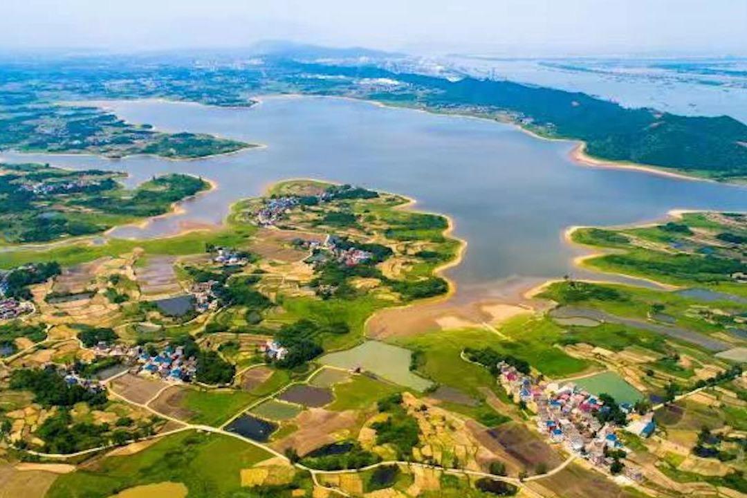 共舞长江经济带 央媒看江西呵护一湖清水