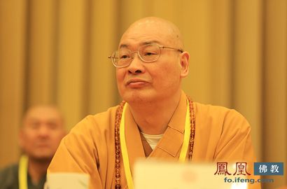中国佛教协会副会长圣辉法师(图片来源:凤凰网佛教)