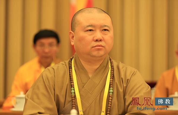 中国佛教协会副会长觉醒法师(图片来源:凤凰网佛教)