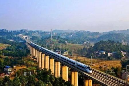 视频丨全国铁路运行图调整 重庆至成都最快62分钟可达
