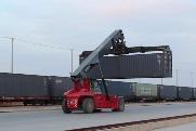 国际货运班列丝路往来成坦途