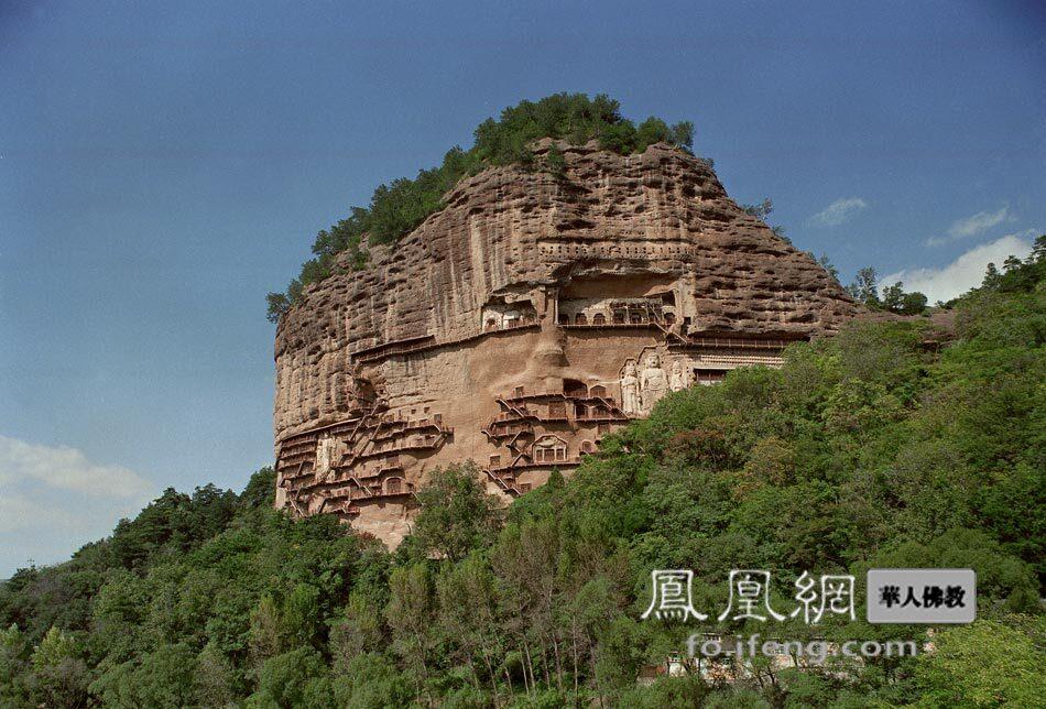 麦积山石窟(图片来源:慧海佛教资源库)