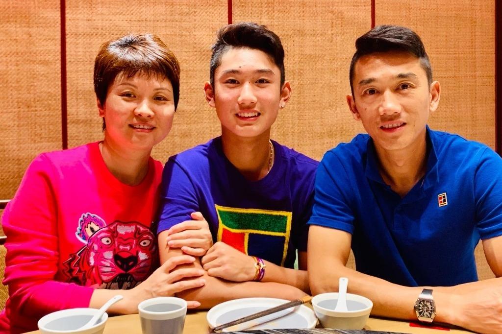 国乒与国足结合!15岁儿子成中国网球新希望,排名世界第四