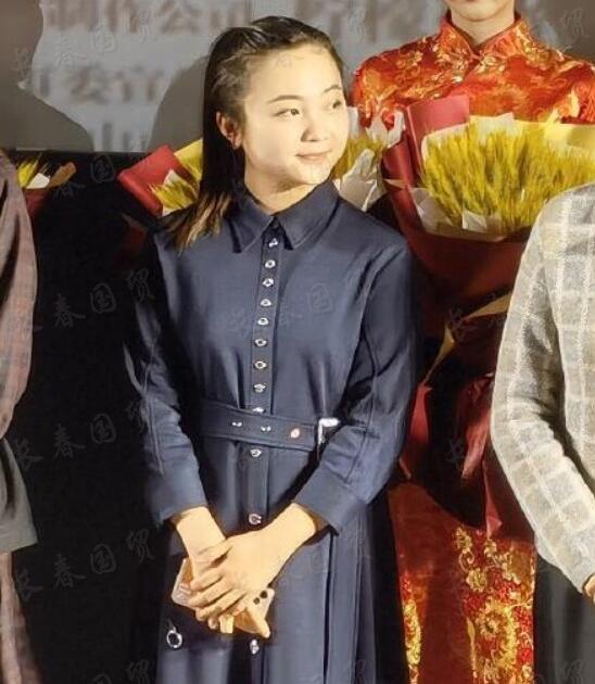 """21岁""""童星""""林妙可近照曝光,面部圆润发福显富态"""
