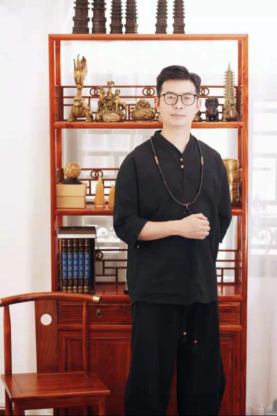中国传统文化与西方心理咨询的结合—中式心理咨询开创者山铮老师