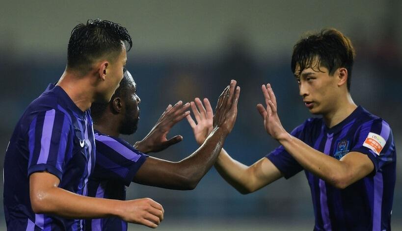 津门虎1比6惨败海港,两人表现不俗值得尊重,联手击溃对手后防