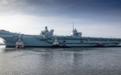 实拍:英国第2艘航母离开造船厂即将首次海试 预计明年服役