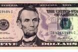 他救了一个国家!头像印在外国纸币上