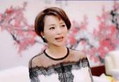 46岁央视一姐新发型太美