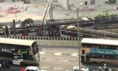 香港地铁一列车脱轨现场