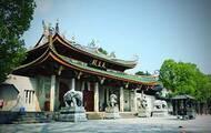 一生必拜的中国古刹:走进南普陀寺