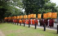 大福报!中国海丝团斯里兰卡供千僧全程直播