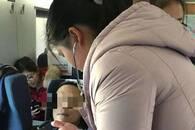 五旬男乘客突发不适 安徽三护士高铁上携手暖心救人
