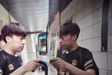 RNG新队长小虎接受采访 直言S9世界赛目标夺冠