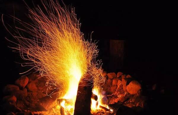 草裙礹c.�.���,�.��/d��i_周末来岳阳石牛寨,看看南方的冬天有多好玩