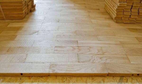 1,裝修地暖如何選擇地板板材