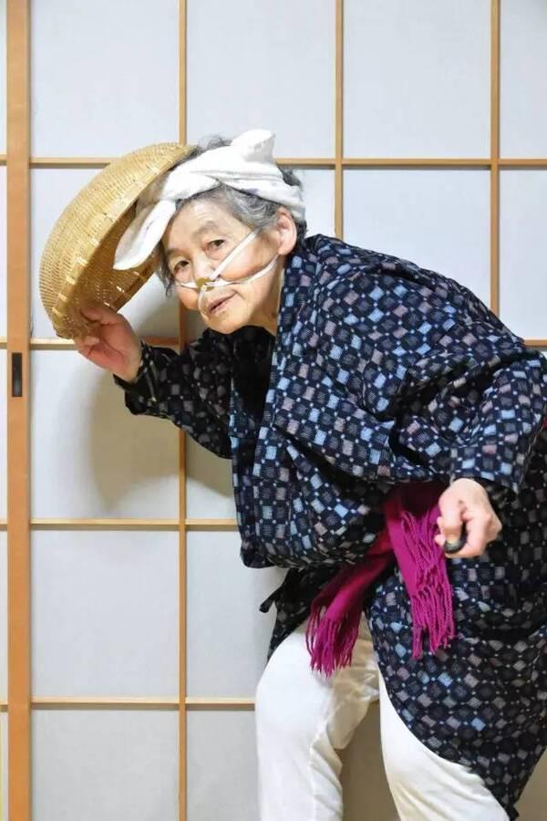 国产偷拍老太太自慰_碰瓷100次,自虐1000次,离家出走10000次,这个闹心的89岁老太太,怎么就