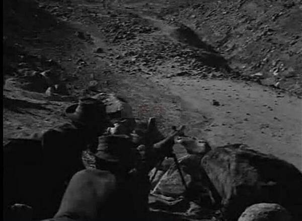 """看印度拍""""抗中神剧"""" 找南越反共分子演解放军"""