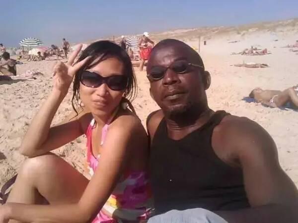 黑人那么大女人��.#y.�_嫁给黑人的中国女孩,下场怎样了?