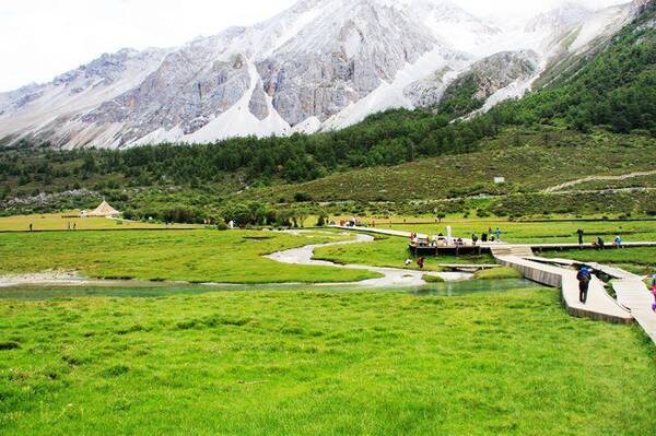 川藏線上的稻城亞丁有什么好玩的?