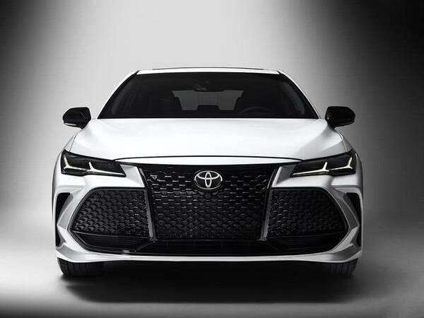 刚买了凯美瑞就后悔,丰田这款车仅售18万,这下宝马也要卖不动了