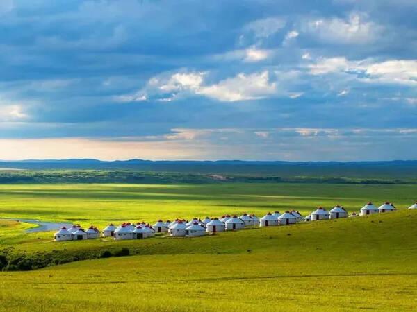 草原羊群風景圖片