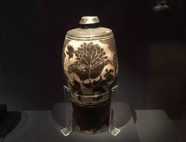 新金梅瓶_宋,元时期,应该是梅瓶的黄金时代,尤其宋朝.