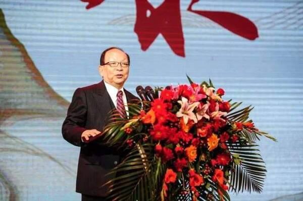 《蒋经国日记》出版 台媒体人称蒋孝严不是蒋经国之子