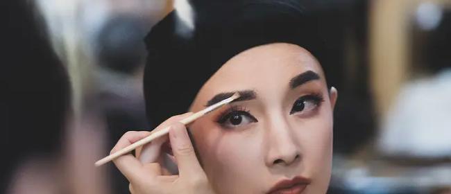 独家专访  《柳浪闻莺》导演戴玮:无法追求精神世界的艺术家,不会苟活