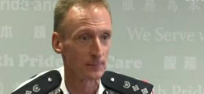 """新闻联播点名香港""""分裂派""""老师:连警察13岁女儿都不放过"""