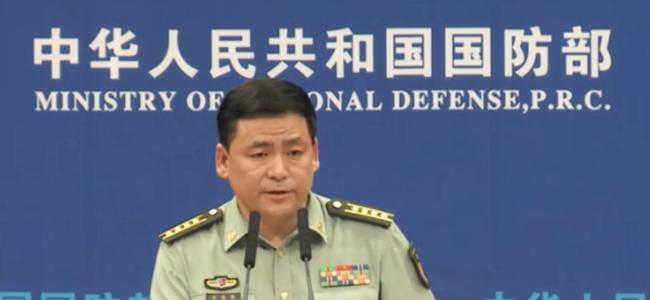 国防部:香港示威活动须守法 驻港部队依法履行防务职责
