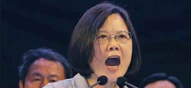 香港止暴制乱关键时刻 蔡英文却又跳出来了