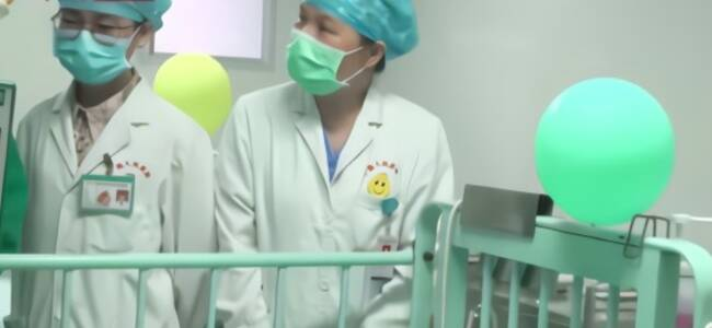 """""""一肝两用"""" 广西首例劈离式肝移植手术成功"""