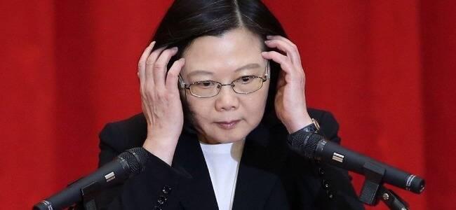 """美国政客扬言""""军事保护台湾"""" 专家一语戳破"""