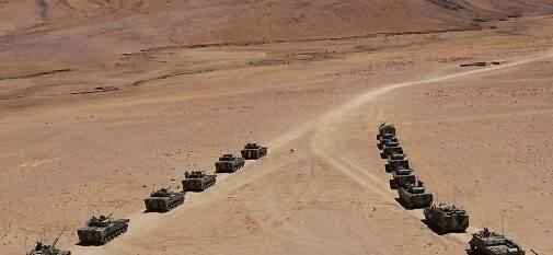 火力全开!西藏军区某合成旅组织高原拔点战斗演练