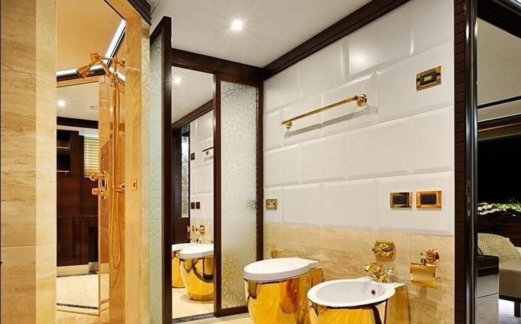 最的厕所_世界最奇怪厕所大集合