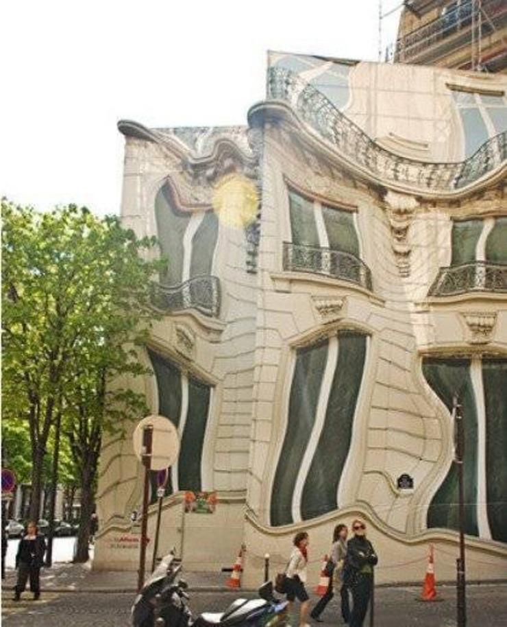 全球古怪异型建筑:茶壶屋和会跳舞的房子 你都见过没