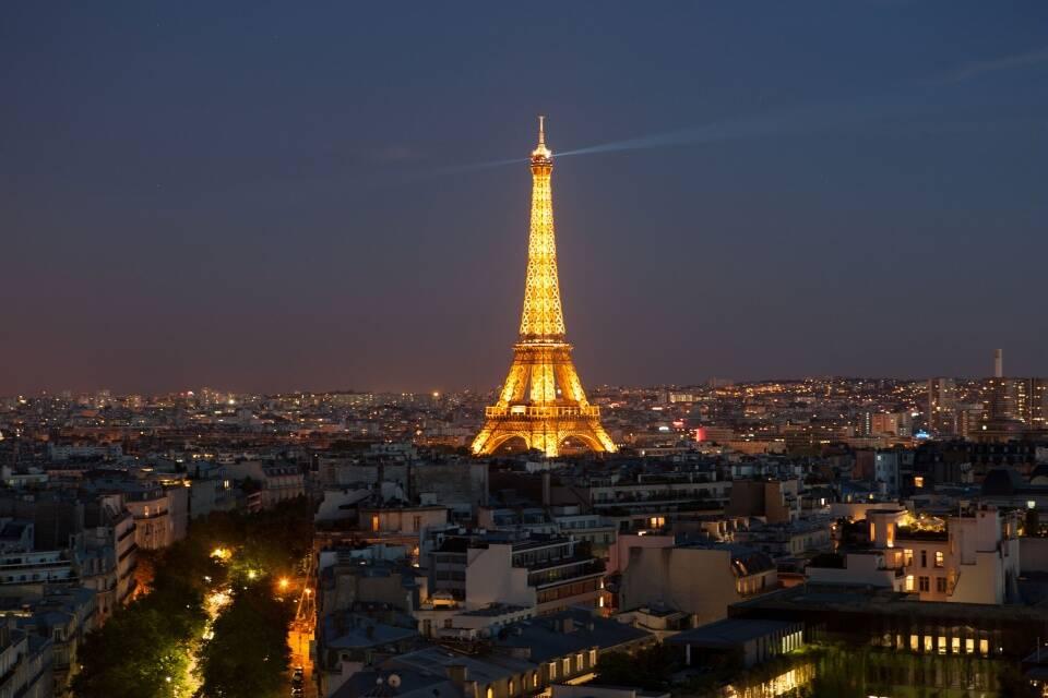 """""""西欧第一大国""""法国人口最多的城市"""